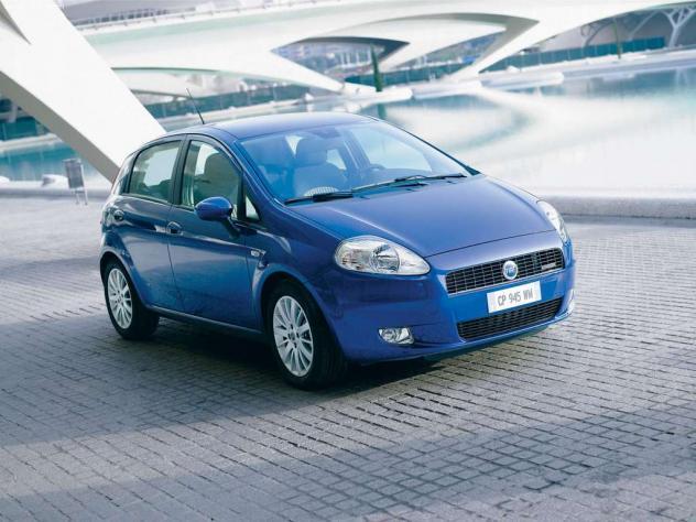 Fiat Grande punto recensioni, foto, video, dati tecnici e test on fiat doblo, fiat spider, fiat marea, fiat cars, fiat panda, fiat x1/9, fiat coupe, fiat 500l, fiat cinquecento, fiat barchetta, fiat seicento, fiat linea, fiat 500 abarth, fiat stilo, fiat bravo, fiat ritmo, fiat 500 turbo, fiat multipla,